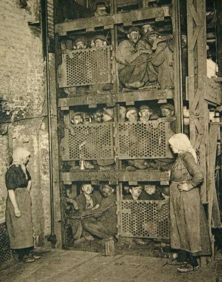 italian-coal-miners-working-in-belgium